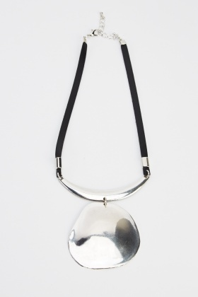 Large Pendant Contrast Necklace