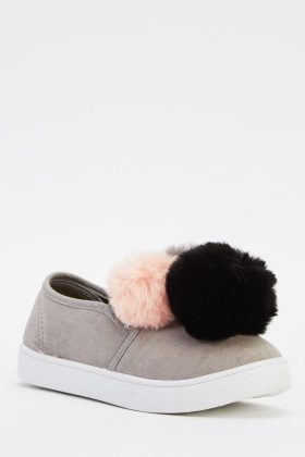 Trio Pom Pom Shoes