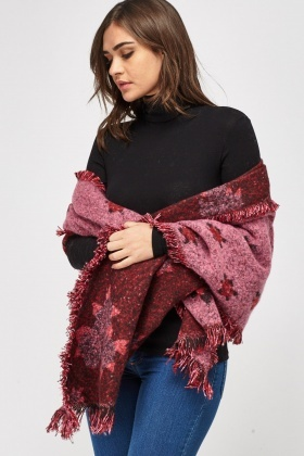 Rose Printed Knitted Scarf