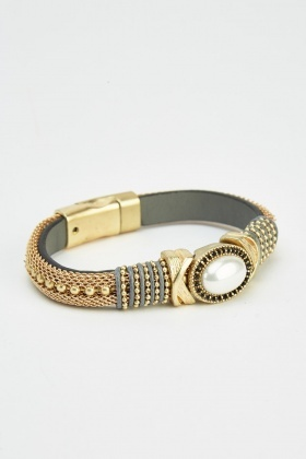 Magnetic Detailed Bangle