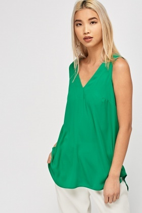 Cut Out Back Sleeveless Top