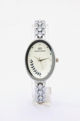 Detailed Strap Oval Watch