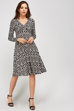 Twist Knot Front Swing Printed Dress
