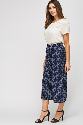 Cropped Printed Wide Leg Trousers