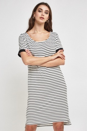 Basic Stripe Shift Dress