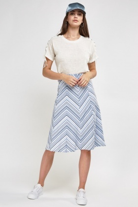 Chevron Print Flared skirt