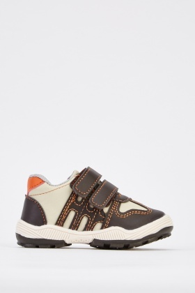 Contarst Stitched Trim Kids Trainers