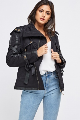 Black Detachable Sleeves Jacket