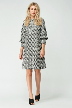 Bubble Print Frilly Sleeve Shift Dress