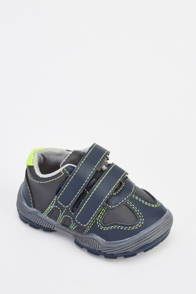 Contrast Stitched Boys Trainers