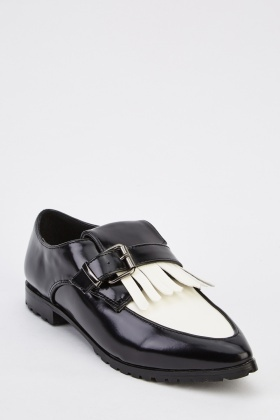 Buckle Front Fringed Shoes