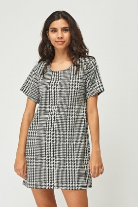 Houndstooth Print Shift Dress
