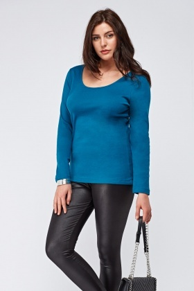 Oval Neck Basic Top