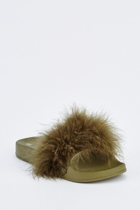 Fluffy Fur Sliders