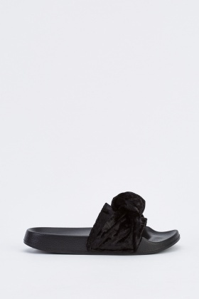 Knotted Velveteen Sliders