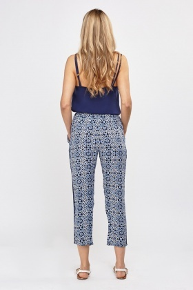 Ankle Cropped Printed Trousers