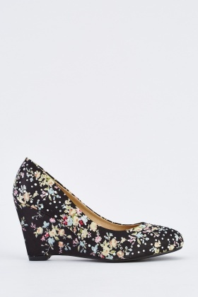 Floral Embellished Wedge Shoes