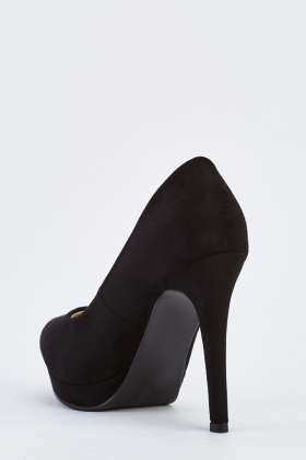 Pointed Heeled Court Shoes