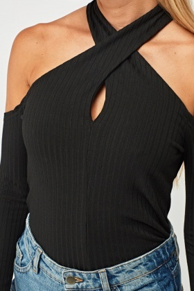 Ribbed Twist Halter Neck Top