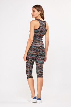 Printed Mesh Sports Tank Top And Capri Leggings Set