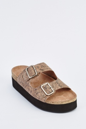 Contrast Buckled Leather Sandals