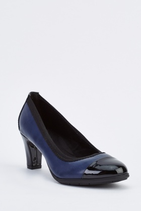Contrasted Kitten Heel Pumps