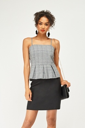 Peplum Plaid Hem Top