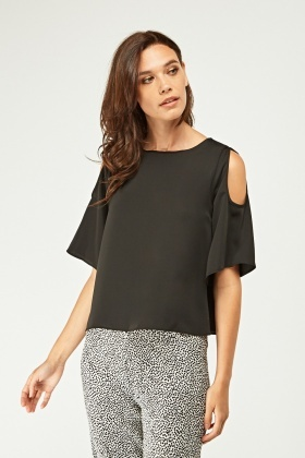 Cut Out Shoulder Tunic Top