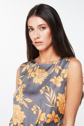 Printed Knotted Front Shell Top