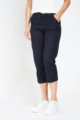 Casual Low Rise Capri Trousers