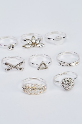 Set Of 8 Silver Rings
