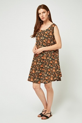 Printed Short Sleeve Swing Dress