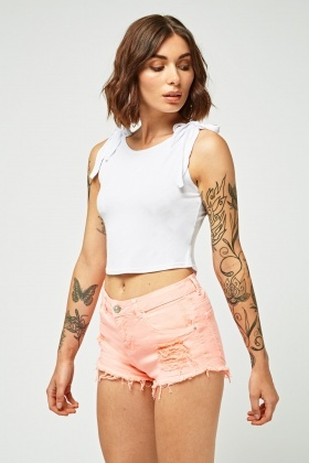Distressed Raw Hem Denim Hotpants