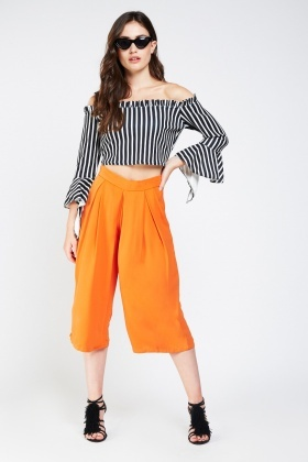 Frilly Stripe Sleeve Crop Top