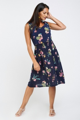 Gathered Floral Printed Midi Dress