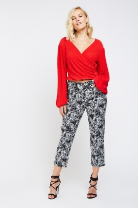 Leaf Print Ankle Cropped Trousers