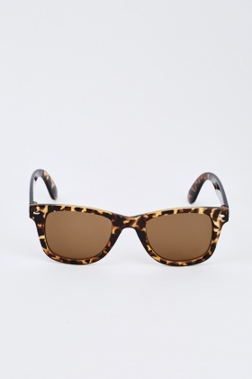 Brown Tortoise Wayfarer Sunglasses