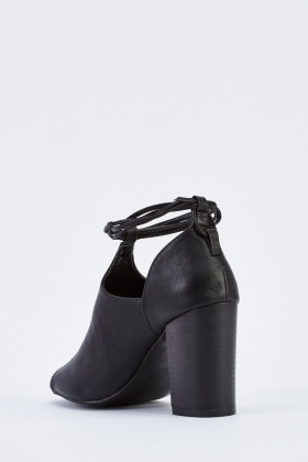 Tie Up Cut Out Ankle Boots