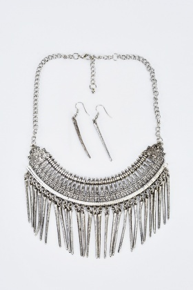 Dangled Embossed Metal Necklace And Earrings Set