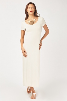 Basic Scoop Neck Maxi Dress