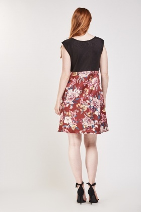 Contrasted Floral Print Flared Dress