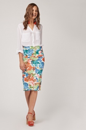 Textured Scallop Trim Pencil Skirt
