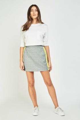 Contrasted Side Plaid Skirt