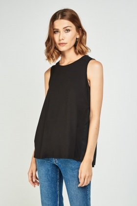 Contrasted Pleated Back Shell Top