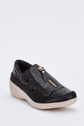 Contrasted Slip On Plimsolls