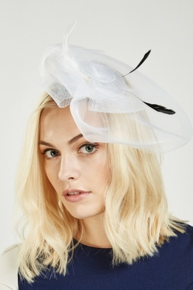 Feather Detailed Mesh Fascinator
