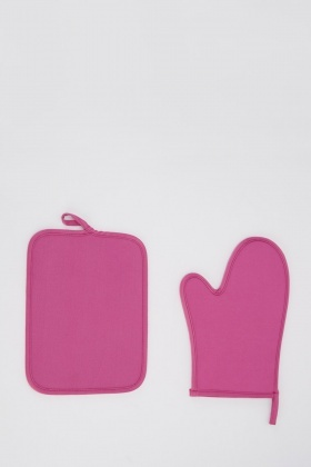 Hot Pink Oven Mitt And Pot Holder Set