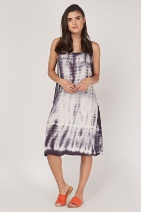 Slip On Tie-Dyed Tent Dress