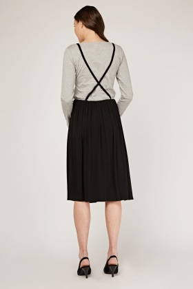Contrasted Cross Strap Detail Dress