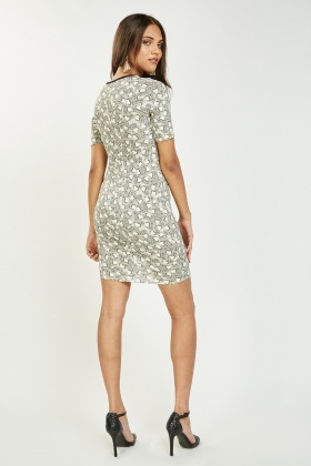 Contrasted Heart Print Bodycon Dress